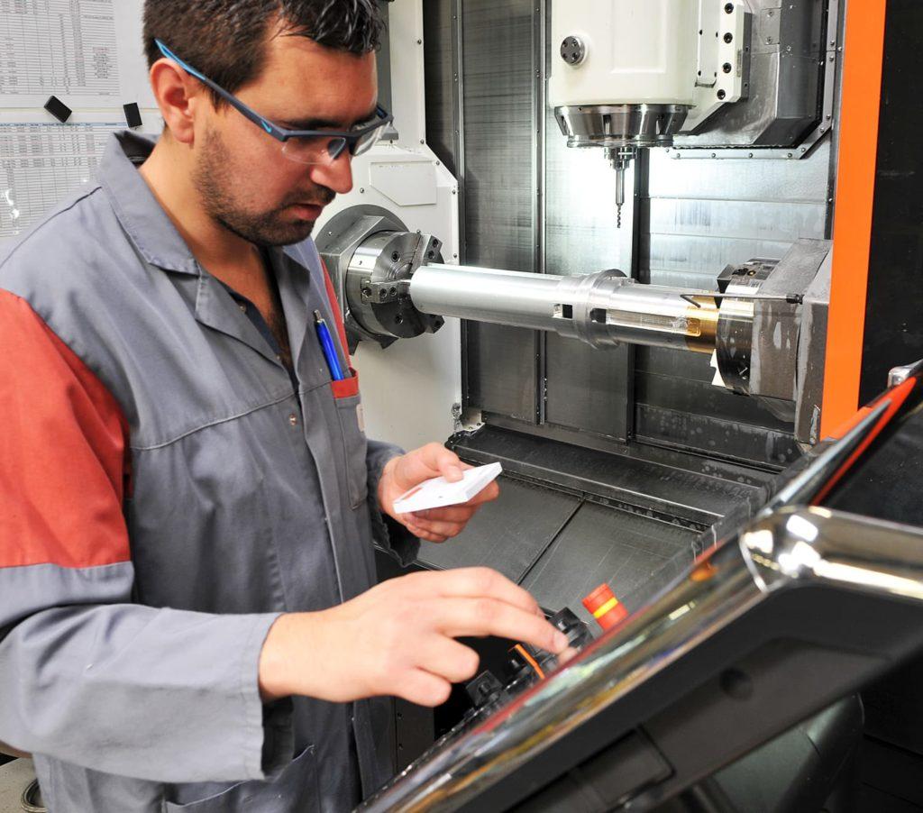 tournage fraisage prototype mécanique de précision sur Integrex - AMV