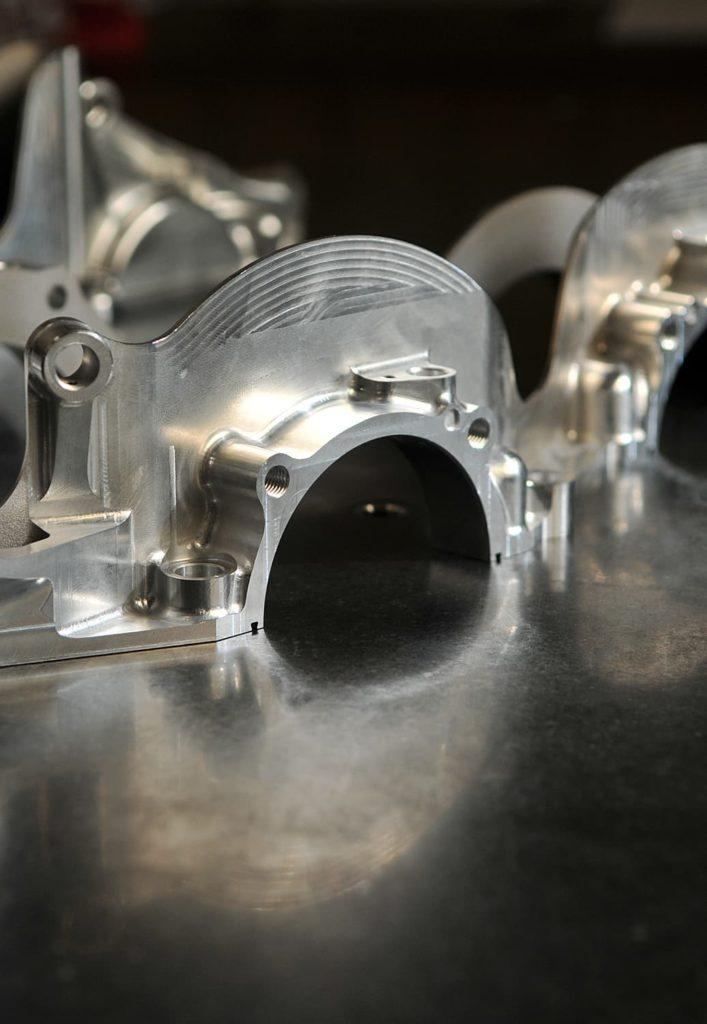 prototypage pièce mécanique de précision compétition automobile - AMV
